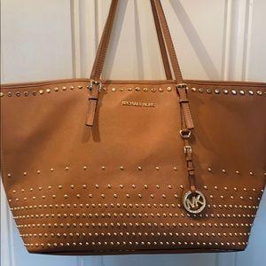 Michael Kors leather tote handbag EUC